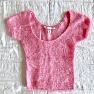 Like-new VS Pink Fuzzy Semi Cropped Knit Top